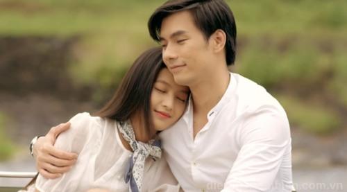 Tình yêu nữ Bạch Dương nam Song Tử